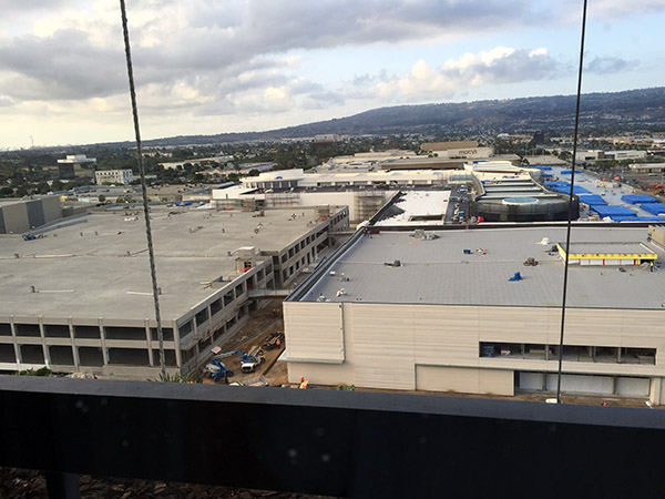 Roof of department store under construction